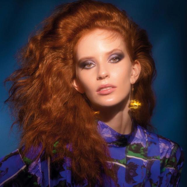 Fotografije: Jelena Balić<br /> Model: Anna Marie @Legion Models<br /> Styling: Romano Decker<br /> Make-up: Simona Antonović<br /> Frizure: Mijo Majhen